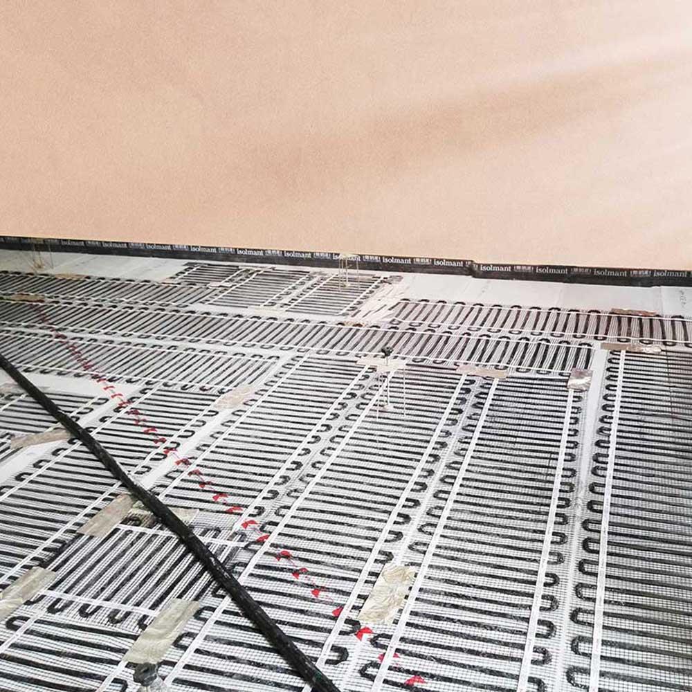 Il vantaggio della tecnologia Warmset a basso spessore è stato quello di  permettere una rapida realizzazione dell impianto e di riuscire ad  inserirlo in un ... b098bfde76c